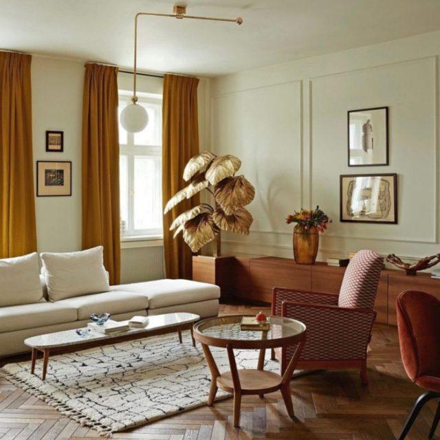 Sala de estar en tonos tierra